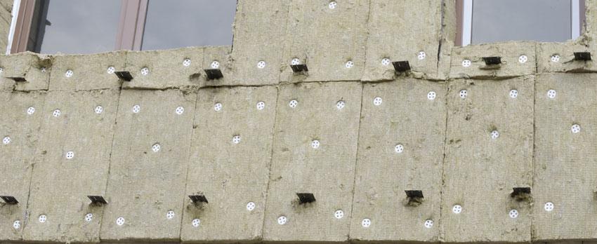 Крепление минваты к стене грибками